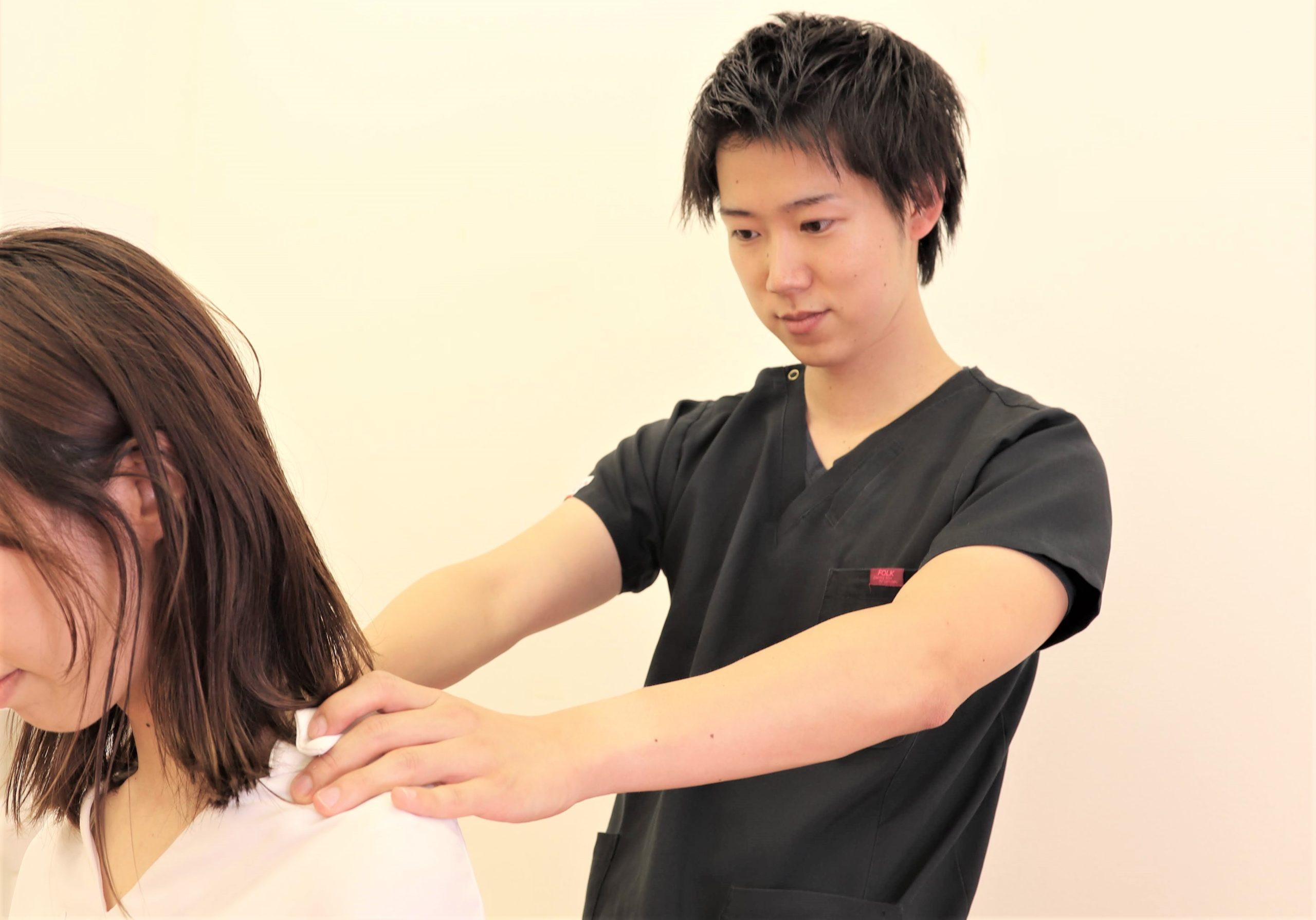 むさし鍼灸整骨院の首の検査の写真