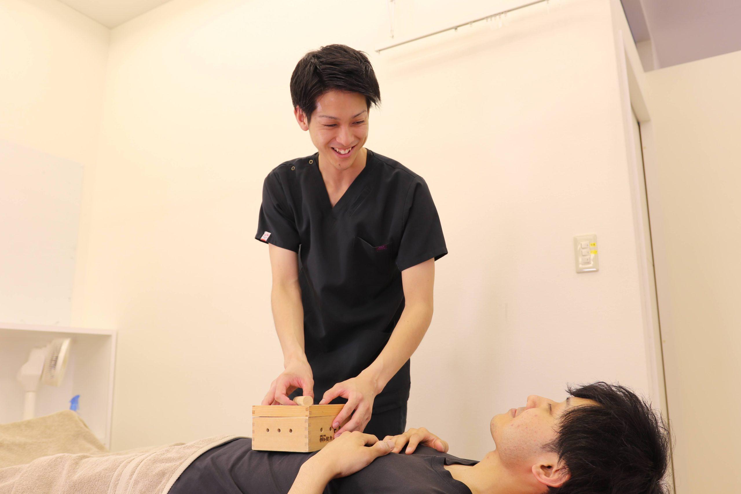むさし鍼灸整骨院グループの鍼灸施術写真